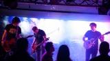 Hardcorový večer v Rock café přitáhl spoustu fanoušků. (26 / 89)