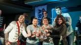 Na křest desky nového hudebního projektu bubeníka Tokhiho dorazila celá řada známých tváří v čele s Ilonou Csákovou, Miro Šmajdou a Michalem Kavalčíkem (3 / 39)