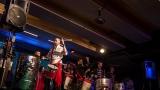 Na křest desky nového hudebního projektu bubeníka Tokhiho dorazila celá řada známých tváří v čele s Ilonou Csákovou, Miro Šmajdou a Michalem Kavalčíkem (17 / 39)