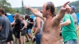 Pravý břeh Úslavy obsadili ve Šťáhlavech rockeři z širokého okolí (88 / 241)