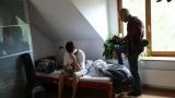 natáčení postelové scény (4 / 76)