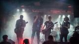 Fatální punk weekend pohostil žižkovský klub Fatal. (76 / 150)