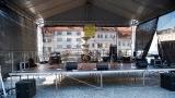Připravená scéna na klatovském náměstí Míru (1 / 69)