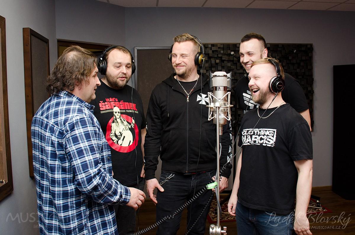 Kapela Septic People při natáčení singlů