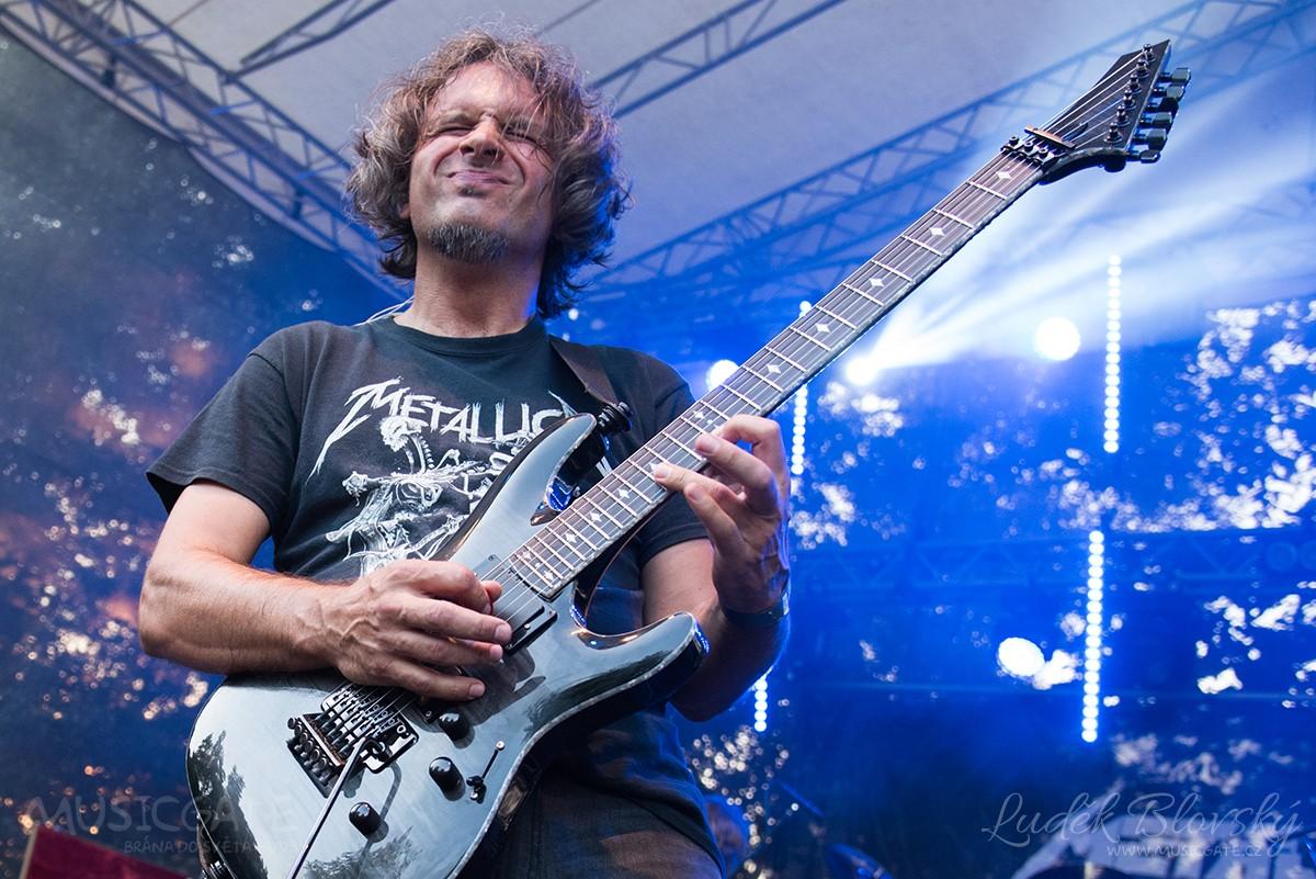 Kapela Metallica revival Beroun