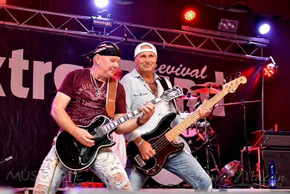 Extra Band revival svými léty prověřenými hity …
