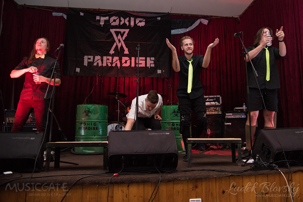 Kapela Toxic Paradise