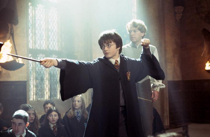 Ve filmu Harry Potter a Tajemná komnata létají …
