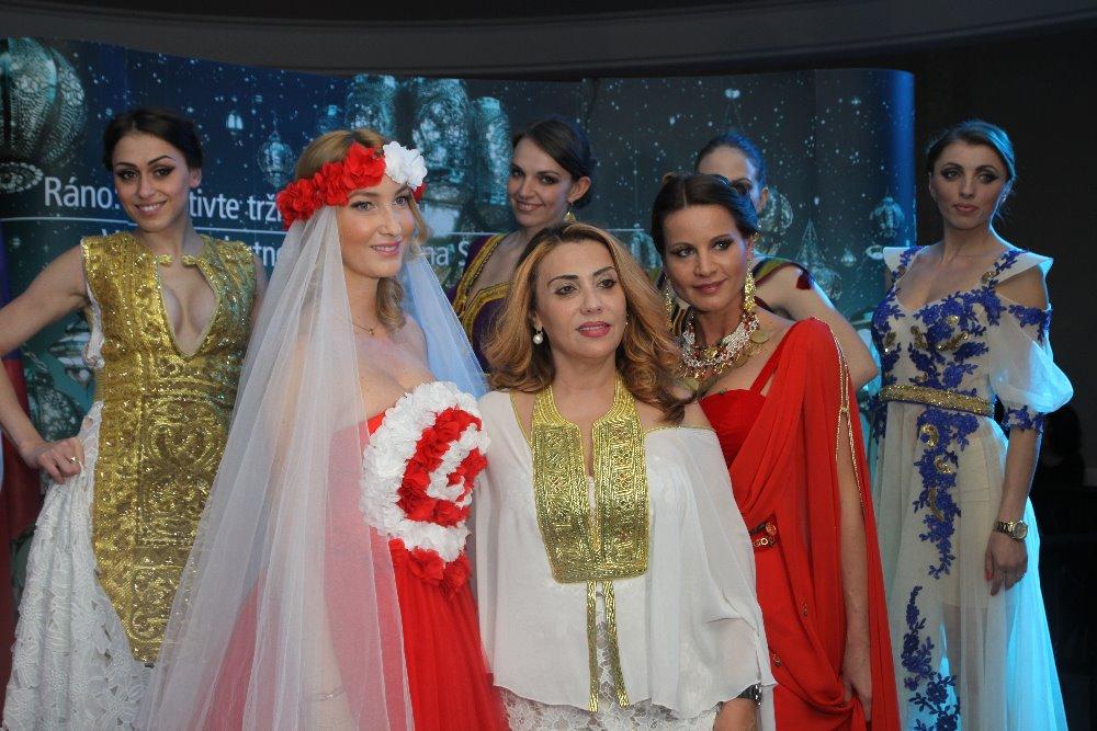 Proběhla zde malá módní přehlídka tuniských …