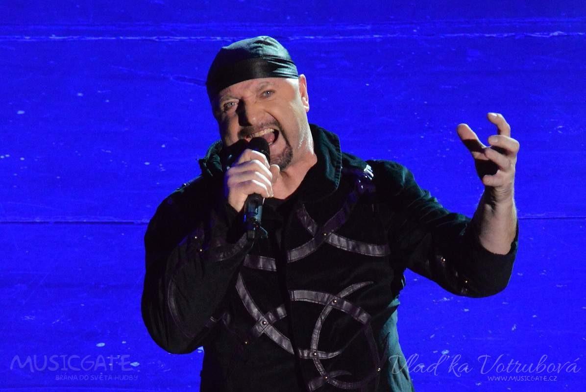 Jiří Zonyga je vítěz české soutěže X - Factor, …