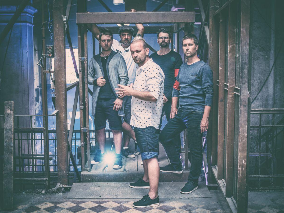 Cocotte Minute: Nejdelší setlist v historii kapely, nová show, nové skladby a nablýskané staré hity!