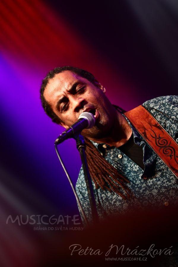 Rytmy blues rozechvěly Lucerna Music Bar