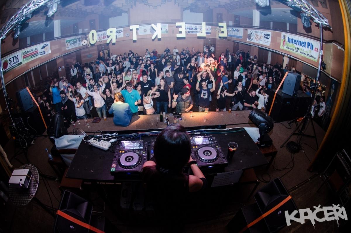 Legendární DJs v prosinci na Kačerech