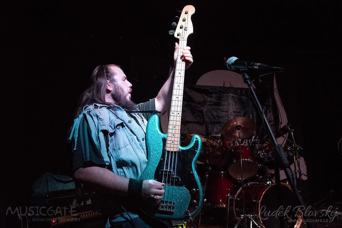 Kapela Knightmare představila v Berouně slovenský heavy metal