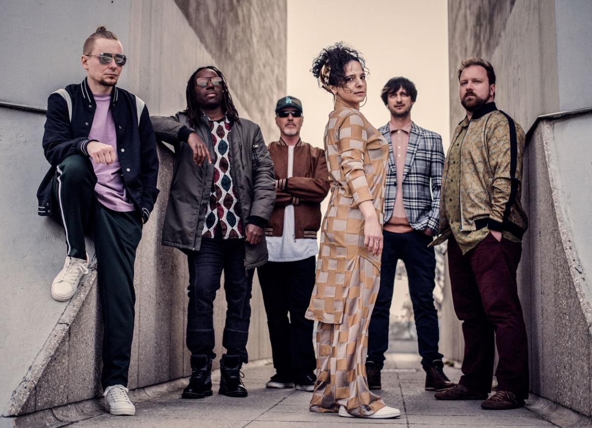 Skupina United Flavour balancuje mezi žánry a na nové desce představuje vlastní sound
