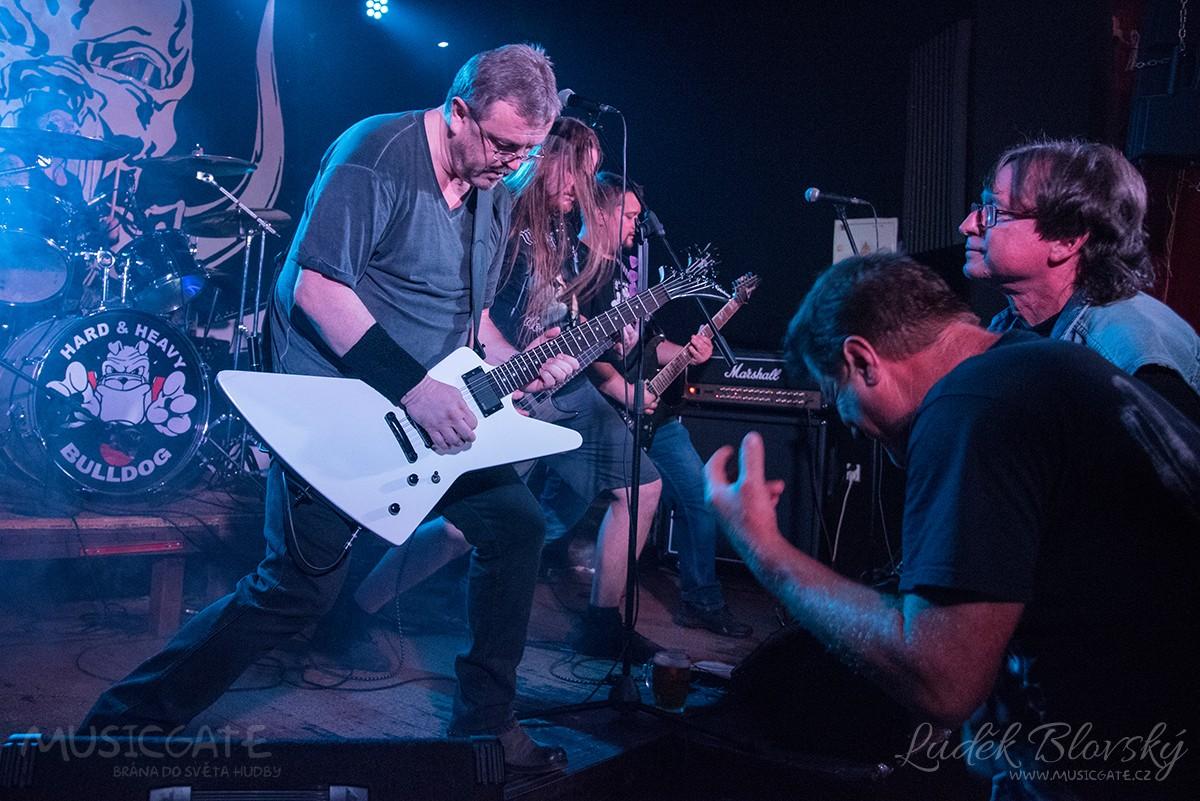 Hard rockový Bulldog oslavil páté narozeniny
