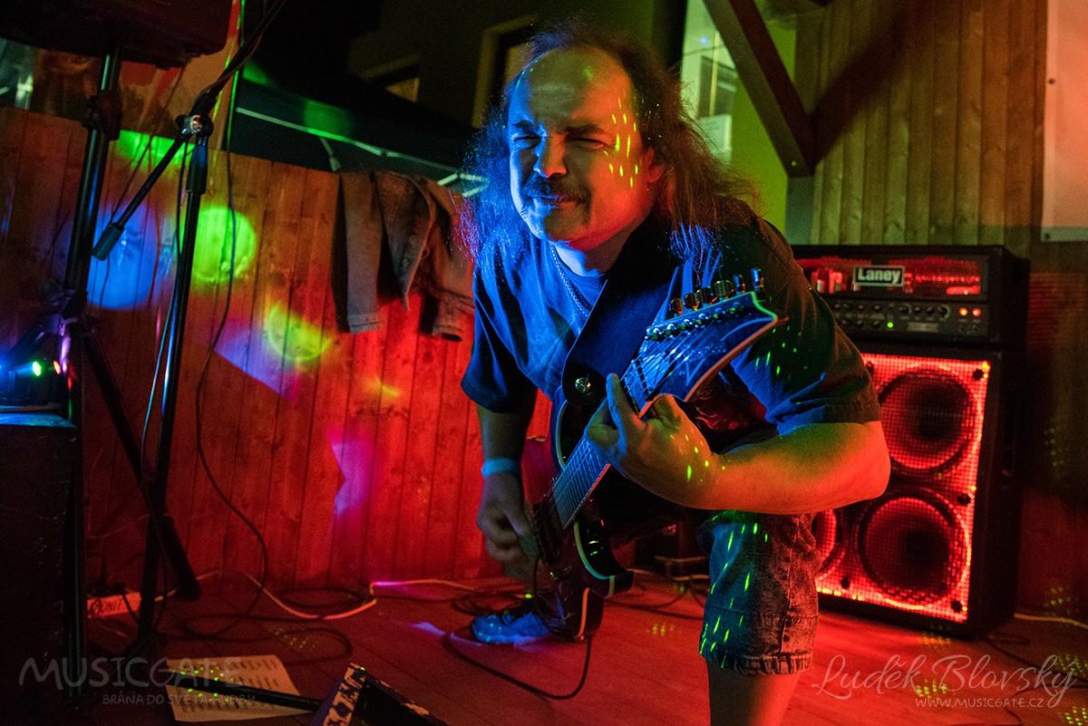 Ranch Hořovice - jeden z posledních rockových koncertů open air letošní sezóny
