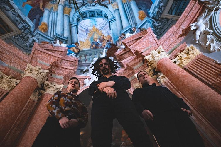 Dirty Old Dogs vydávají třetí album spolu s retro laděným videoklipem