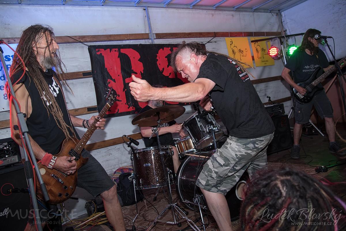 Jedním z tahounů čtvrtého ročníku Cidre Punk Festu byla kapela P.S.