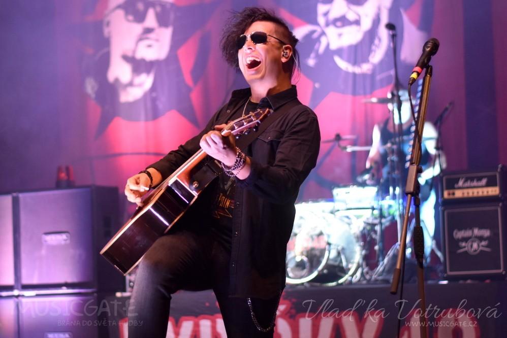 Dolany fest zasáhla vlna punkrocku!