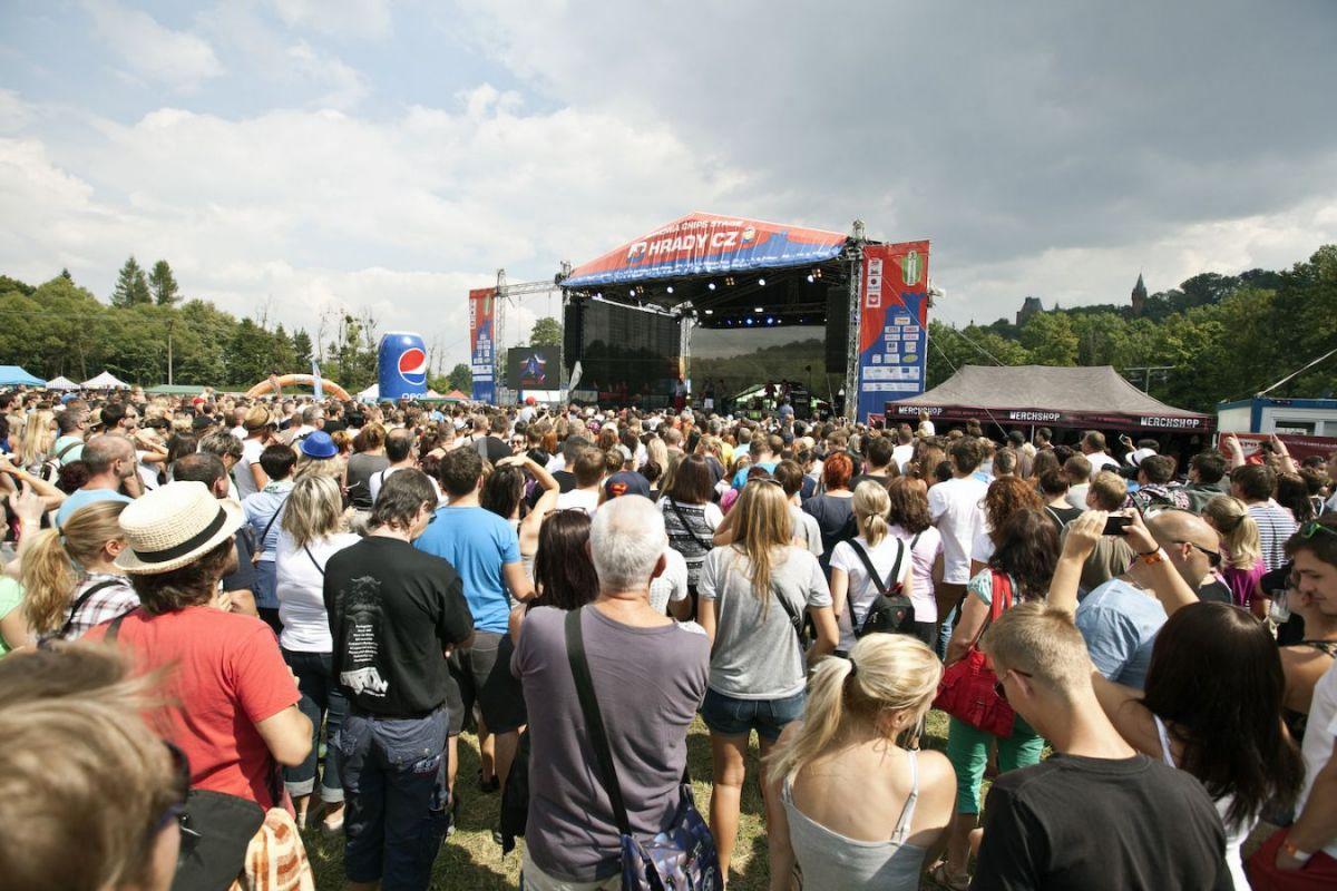Festival Hrady CZ se přesouvá na Moravu, rozezní Veveří, Hradec nad Moravicí a Bouzov